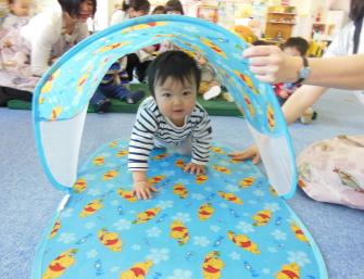 幼児教育 トンネルくぐり