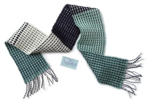 メリノ白紺青磁のワッフル織り