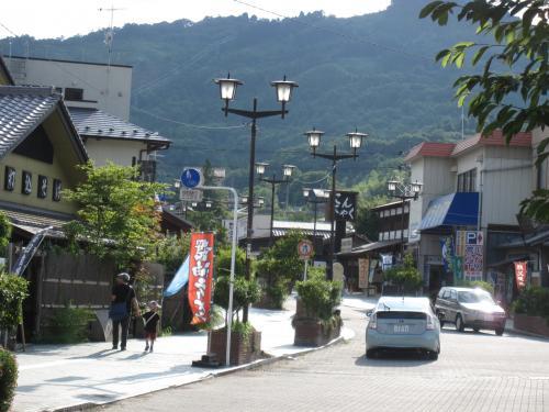 長瀞駅前通り2_convert_20120808153600