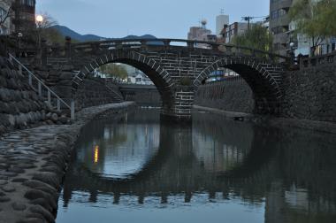 日暮れの眼鏡橋