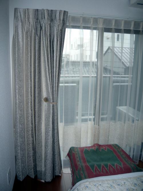 bedroom080401_c