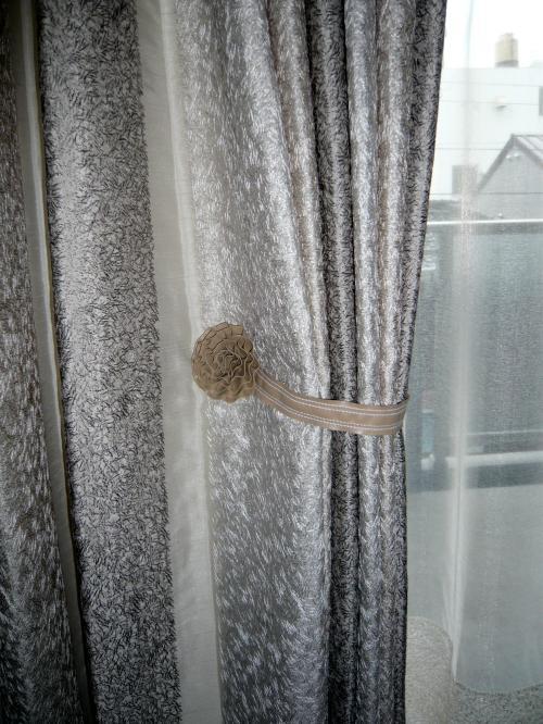 bedroom080402_c