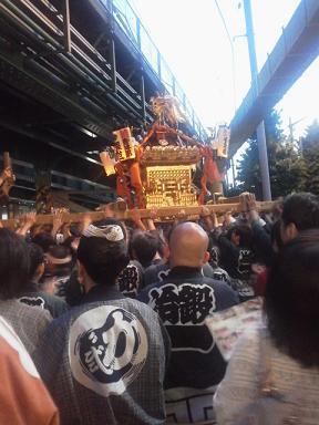 13-05-12_001神輿z