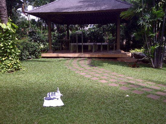 Tanah Abang-20121223-01157