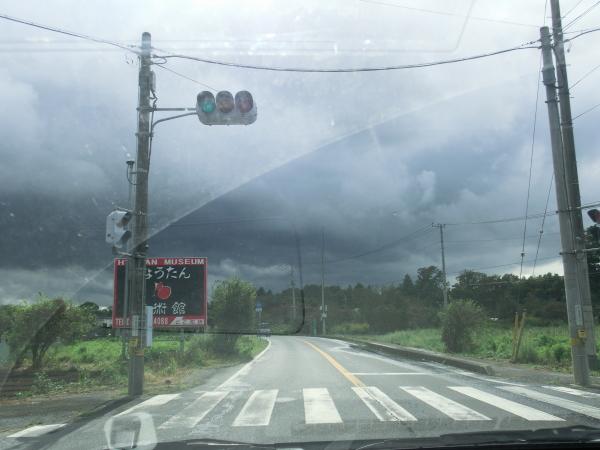 120915迫ってくる雷雲