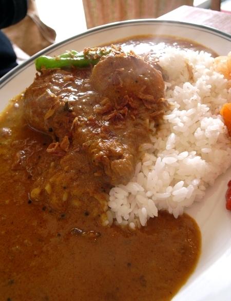 カラクタ食堂 チキンカレー