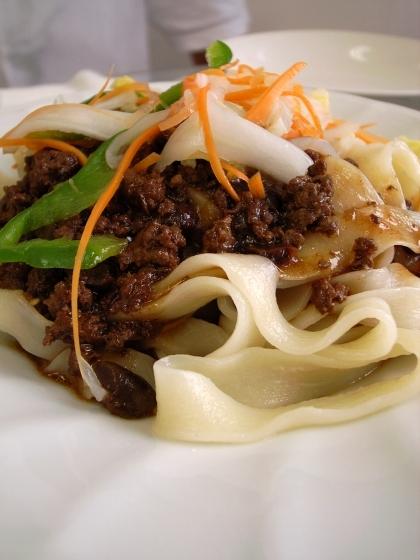 香膳 ラグマン肉味噌 平麺