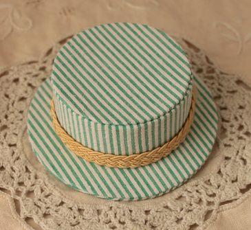 mini hat green1