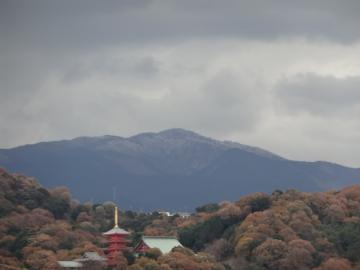 金剛山が雪化粧