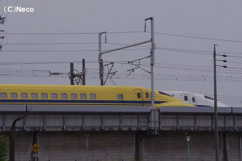 12052003.jpg