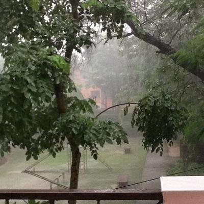 monsoonrain280812.jpg