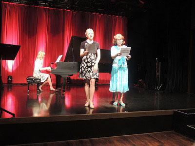 [花」を歌うオルガさん&カテリーナさんDSCN7965