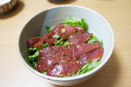 鮪漬け丼3