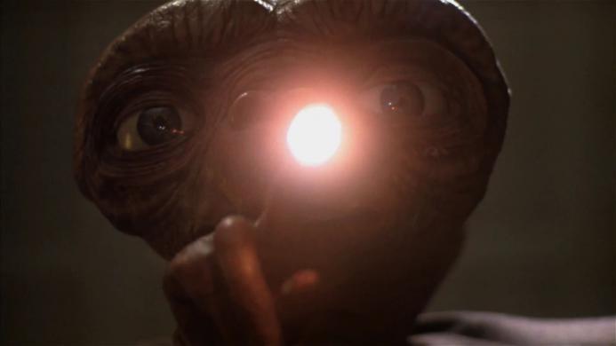 「よつばと!」ダンボーコラボCM 第2弾 「E.T.」 編.1080p.mp4_000009175