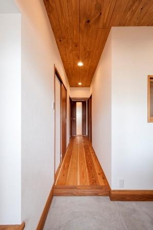 シャルマン玄関~廊下