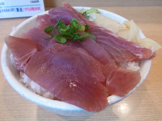 秋葉原○喜まぐろ亭の海鮮丼まぐろ丼大盛り008