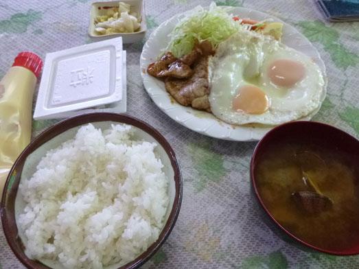 飯岡つちや食堂でサーファー定食ランチ001
