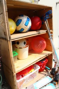 りんごの木箱棚
