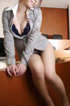 OLお姉さん着エロ制服の下の下着エッチ裸体でハメ挿入エロ画像