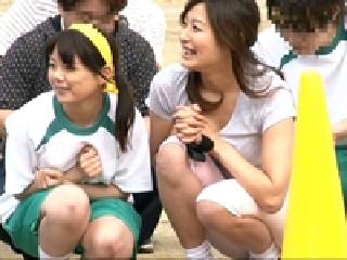 【美人ママ】運動会開催中の学校で美人ママを狙って罠を仕掛ける【XVIDEOS 無料動画】