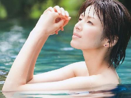 女優・吉瀬美智子の顔があまりにも工口すぎるwww
