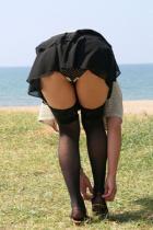 OLパンチラお姉さんミニスカ着エロ制服で下着の挿入エロ画像