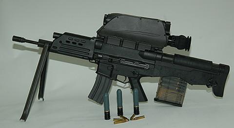 :::::韓国製K11複合型小銃