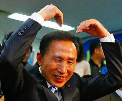 :::::::李大統領の竹島訪問 猿真似