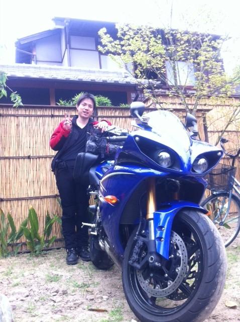 大阪阿倍野ゲストハウスおどり静岡からバイクで!!