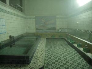 天明湯の浴槽