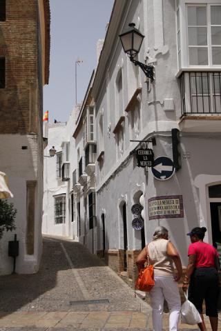 1609 Arcos