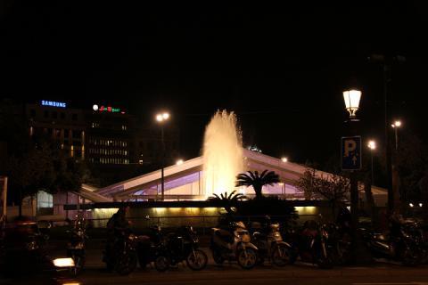 03 夜のカタルーニャ広場