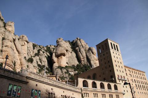 01 Montserrat