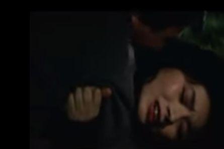 【富司純子】暗がりの中で体を求められるラブシーン