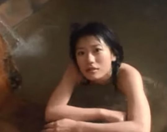 【甲斐麻美】濃艶な入浴シーン