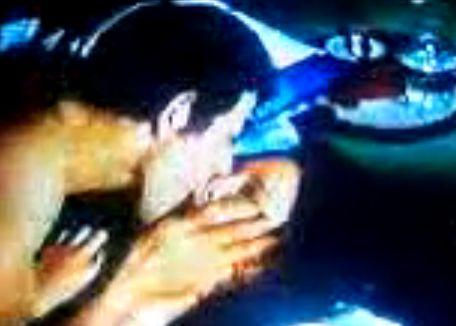 【丘さとみ】官能的なキスを交わす濡れ場
