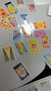 色育 カード