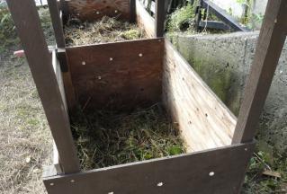 踏み固めた堆肥