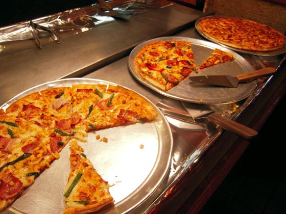 Pizza in OKINAWA(ピザインオキナワ) ピザ食べ放題