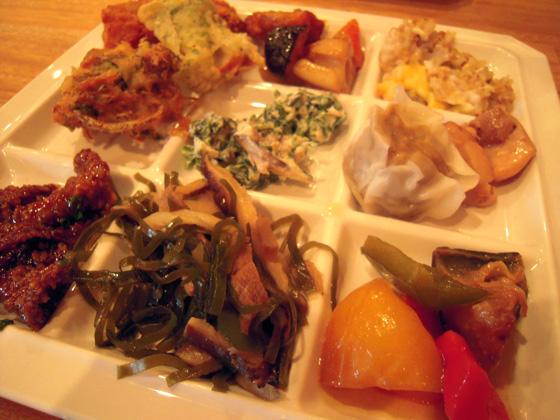 沖縄菜園ビュッフェ カラカラ