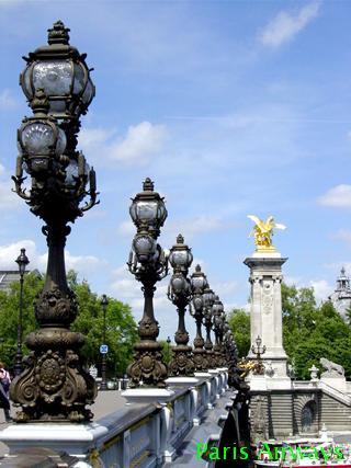パリ アレキサンドル三世橋