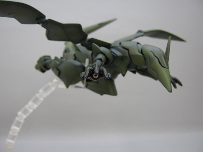 ダナジン 完成 飛行ポーズ1