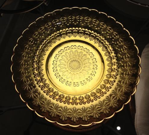 黄色い皿1