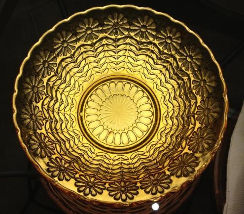 黄色い皿2