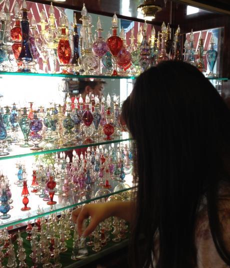 アラブ、香水瓶