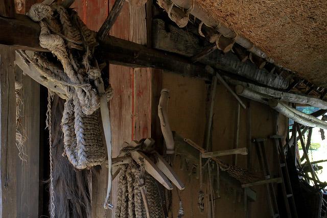 備前市吉永町加賀美にある八塔寺ふるさと村 茅葺き