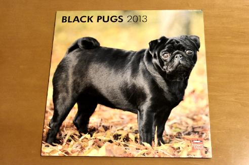 洋物黒パグカレンダー