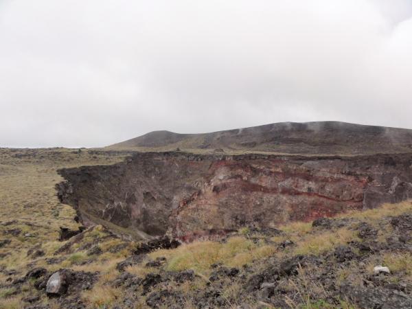 121006-12三原山火山口