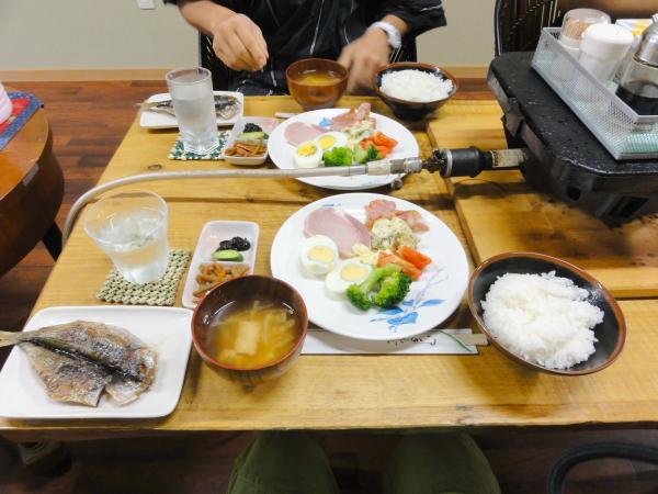 121008-01なぎ朝食