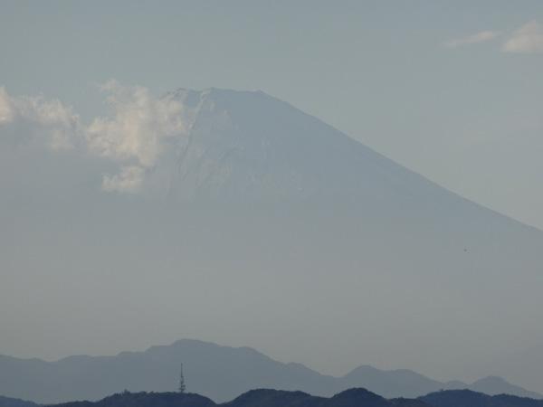 121110-02江ノ島から見た富士山